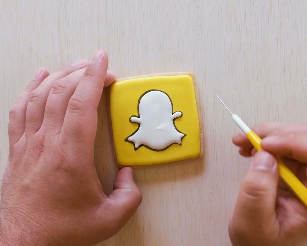 How Innovative Brands Engage Users with Snapchat Marketing