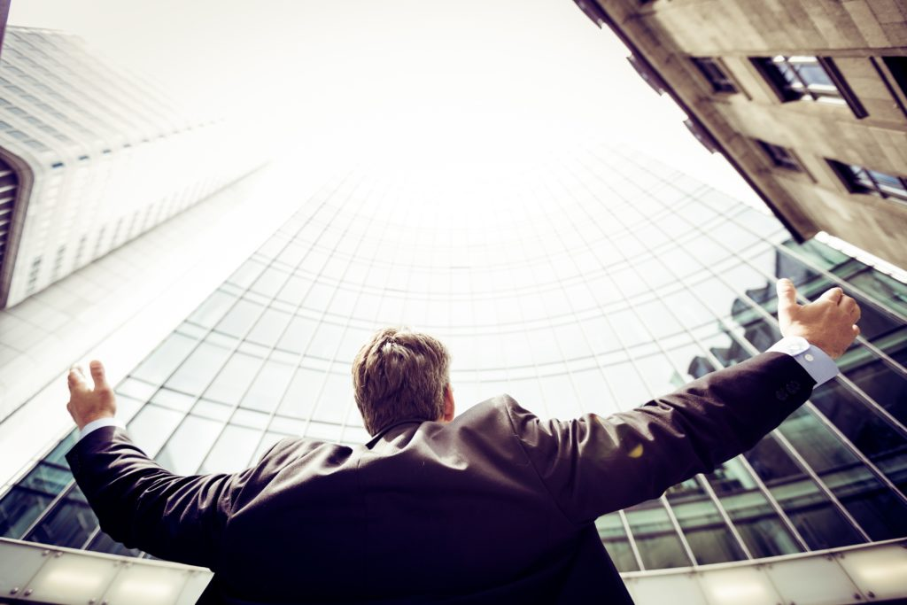C-Suite Thought Leadership: Making CEOs the Public Face and Voice of Your Content Marketing
